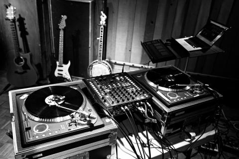 Turntable in the Power Station studio